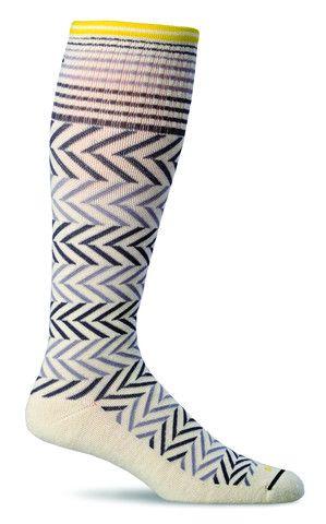 This @SockwellUSA #compression sock has a Cashmerino blend for superior softness & temperature regulation