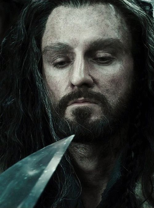 It's not easy to play a king who's always looking up at taller creatures while bellowing about his right to rule the mountain, but Richard Armitage is terrific as Thorin Oakenshield. Richard Roeper http://www.suntimes.com/entertainment/movies/24275364-421/the-hobbit-the-desolation-of-smaug-far-livelier-than-the-last.html