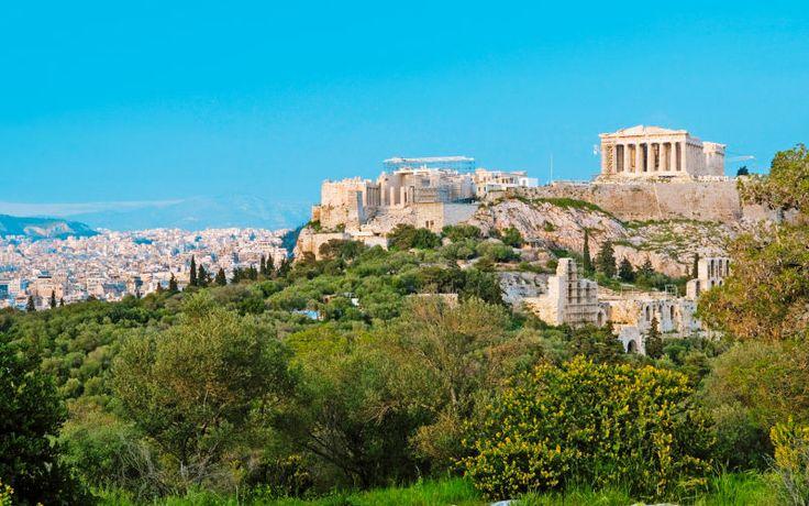 Her ser du smukke Akropolis i Athen - en seværdighed som mange gæster årligt. Se mere på www.apollorejser.dk/rejser/europa/graekenland