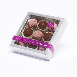 Kolomanipralinen gefüllt mit Holunderblüte und Holunderfrucht - himmlisch leicht, verführerisch gut