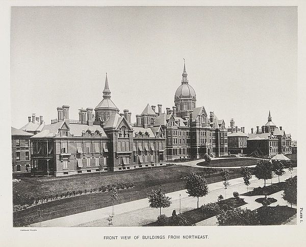 Front view of Johns Hopkins Hospital Wellcome L0040938.jpg