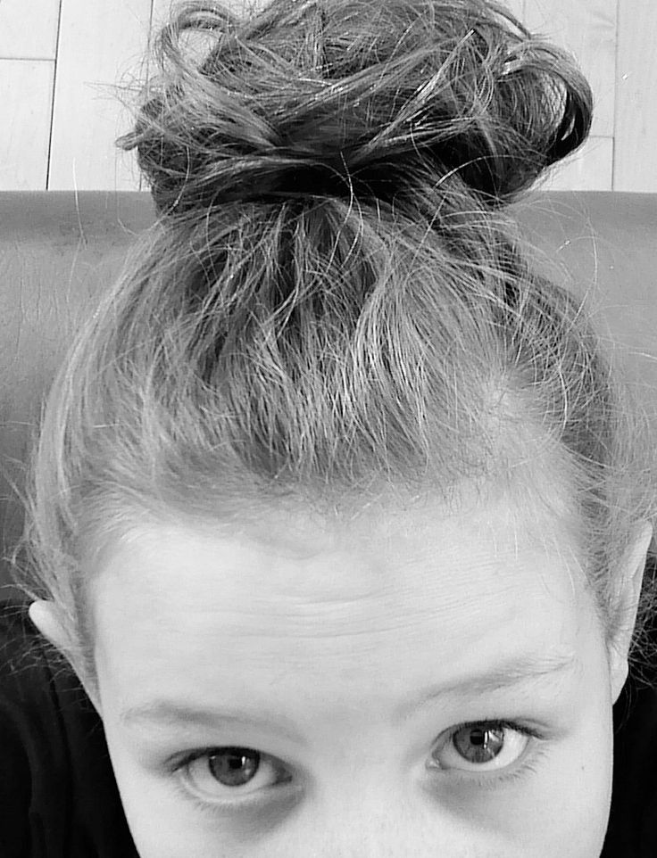 Cute and easy messy bun