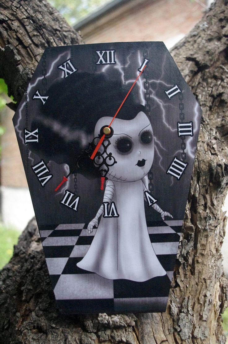Reloj-ataúd de pared La Novia de Frankenstein de Villaoscura en Etsy