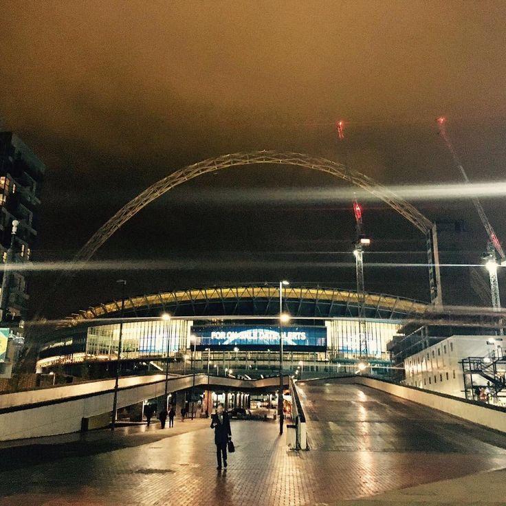 "1,373 Likes, 4 Comments - Wembley Stadium (@wembleystadium) on Instagram: ""Day into night! #wembley #nighttime #view"""