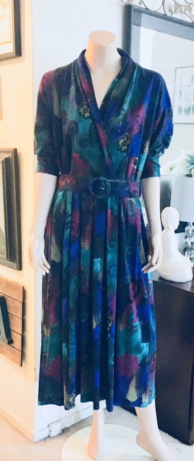 A personal favorite from my Etsy shop https://www.etsy.com/ca/listing/582179778/vintage-algo-1980s-midi-belted-dress