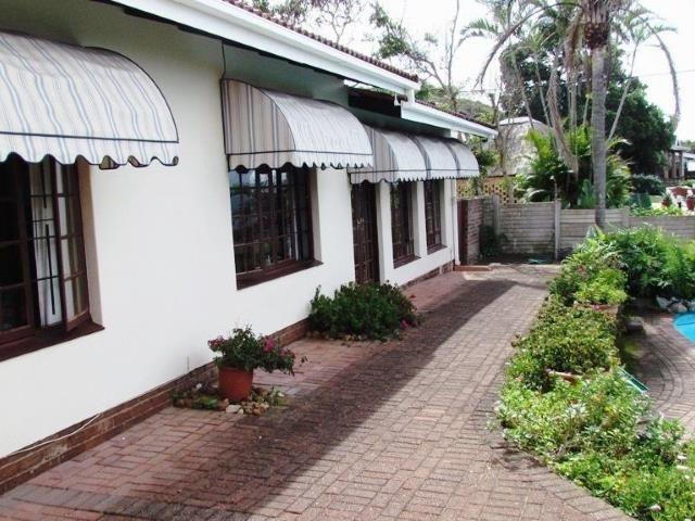 5 bedroom House for sale in Umzumbe