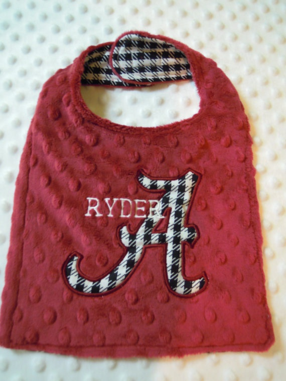 Houndstooth Baby Bib by TWINSANDQUINN on Etsy, $12.00