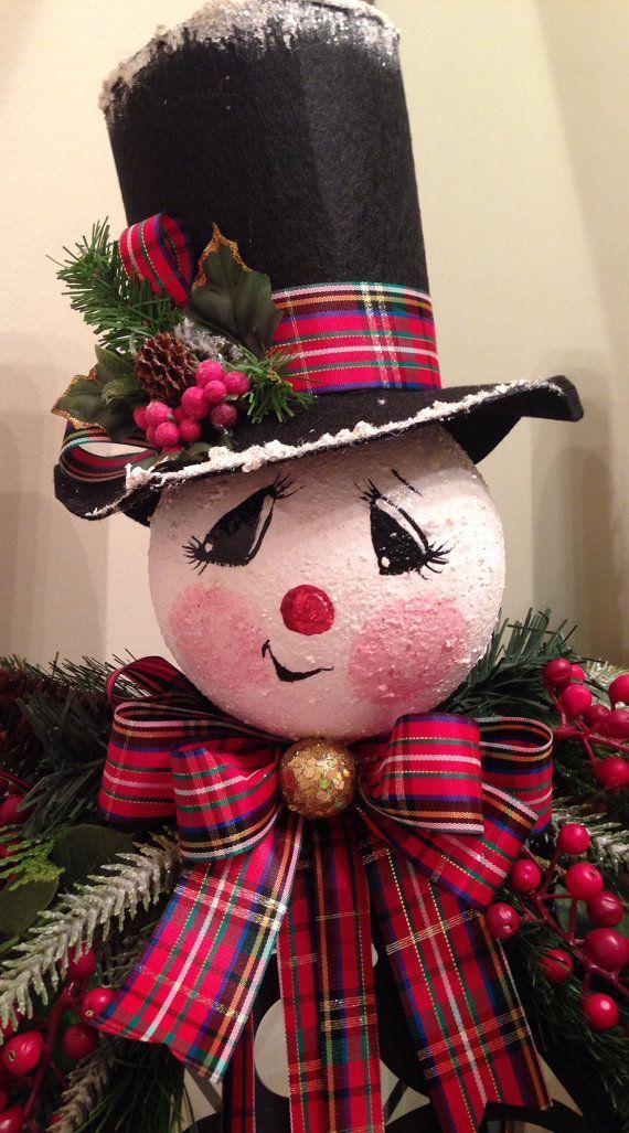 Linterna colgante decorado con un muñeco de nieve