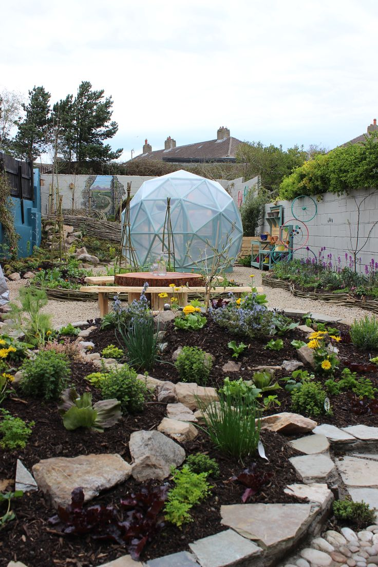 suzies rustic permaculture garden takes you on a magical journey from start to finish with winding - Rustic Garden 2015