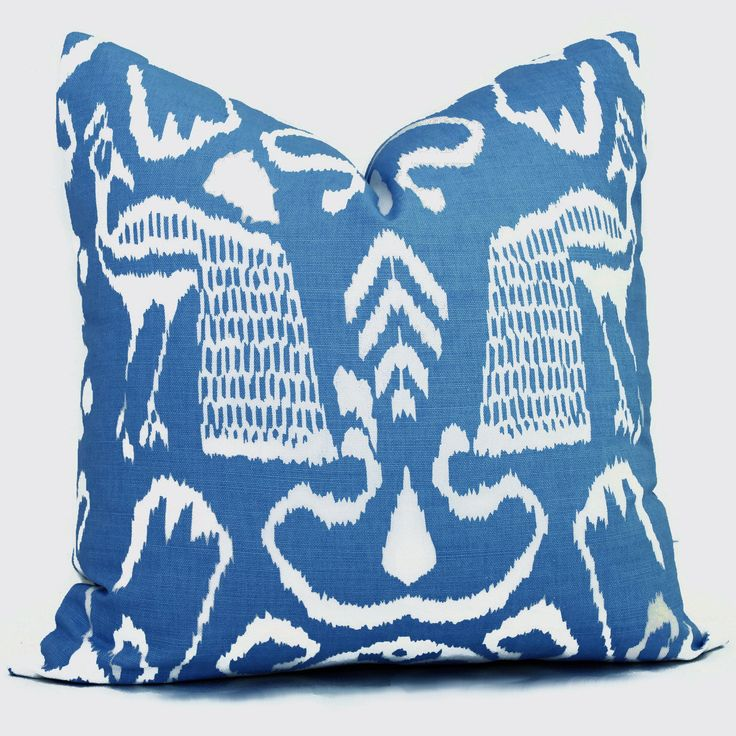 17 Best images about throw pillows on Pinterest Indigo, Madagascar and Erin gates