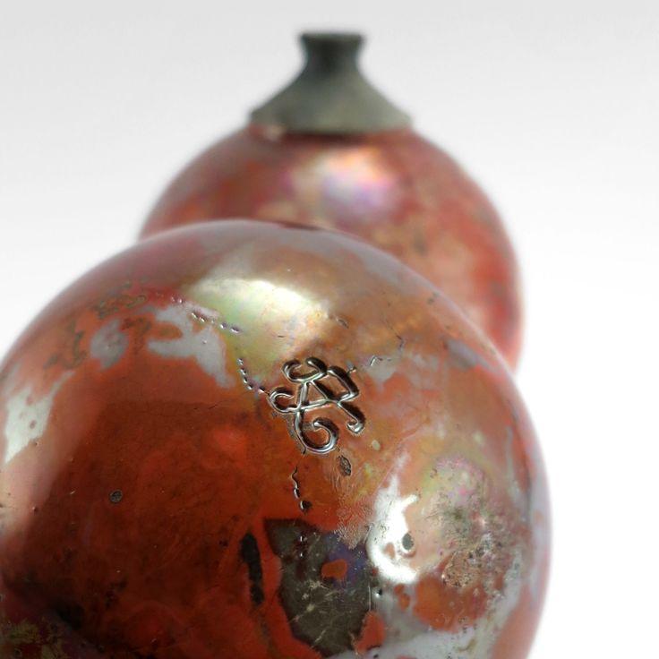 Fireballs: Whispering Globes - Ildikó Károlyi #ceramics #raku #design