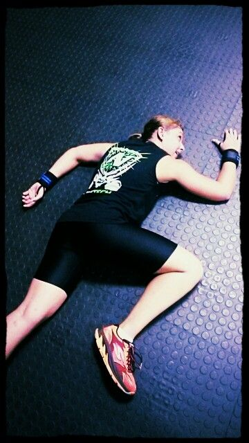 Coach Zonnika Smashed after a rough Emotm session!  Try it yourself:   Every minute on the minute for 30min 4 Kettlebell snatch right arm 3 burpee 4 kettlebell swing 3 burpee 4 Kettlebell snatch left arm
