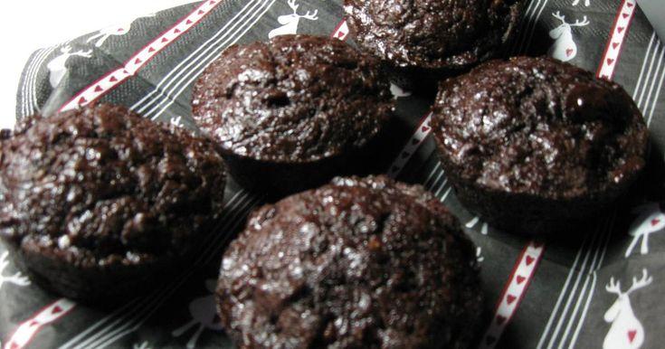 Mennyei Mentás-csokis muffin recept! Egyáltalán nem száraz, inkább krémes állagú muffin. Hűs menta és finom csoki ízű, és nem csak nyolc után fogyasztható.