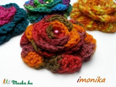 Autumn flower crochet brooch