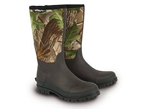Shimano Tribal Neoprene Fishing Boots with 72% discount.  Only £25.00     Shimano Tribal boots are made with a neoprene Realtree Hardwoods Green leg. These boots match perfectly with Tribal luggage and clothing. The rubber sole provides excellent grip.