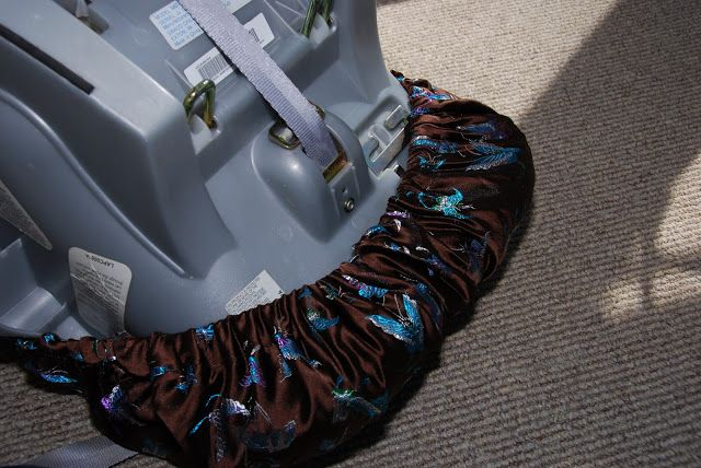 Chickenville: Baby Love: Custom DIY Car Seat Cover
