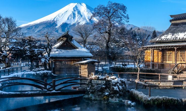 Oshino Hakkai in Yamanashi is a peaceful nature area around Mount Fuji. These natural ponds are crystal clear and each one is a little unique. When visiting Mount Fuji, be sure to not miss Oshino Hakkai.