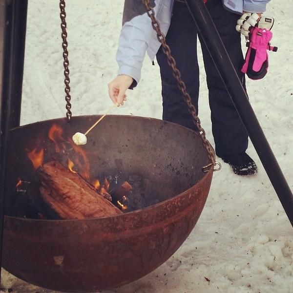 No This Isn T War Of The World S Its The Tripod Firepit Like Something Straight Out Of Game Of Thrones With A Chalice Like Pit Hanging S Fire Pit Tripod Pit