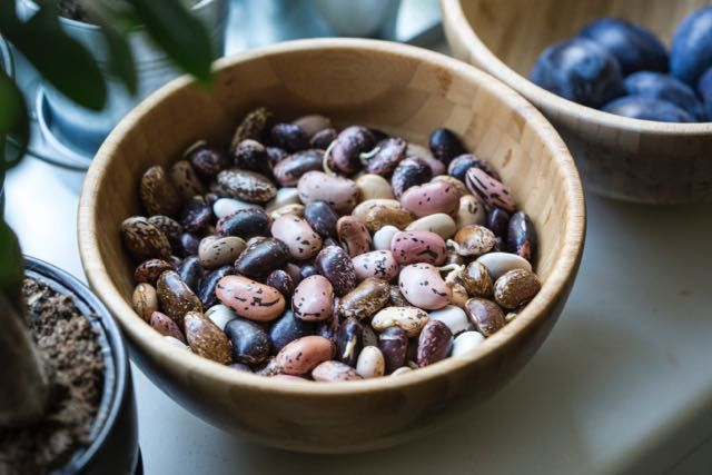 Victoria BC Dietitian (Dietician Nutritionist) Kristen Yarker, MSc, RD Shares Tips for How to Make Beans and Lentils Less Gassy. Get the answers at: http://kristenyarker.com/blog/how-to-make-beans-and-lentils-less-gassy