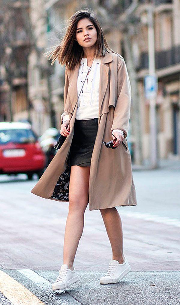 Street style look com mini saia couro preta.                                                                                                                                                                                 Mais