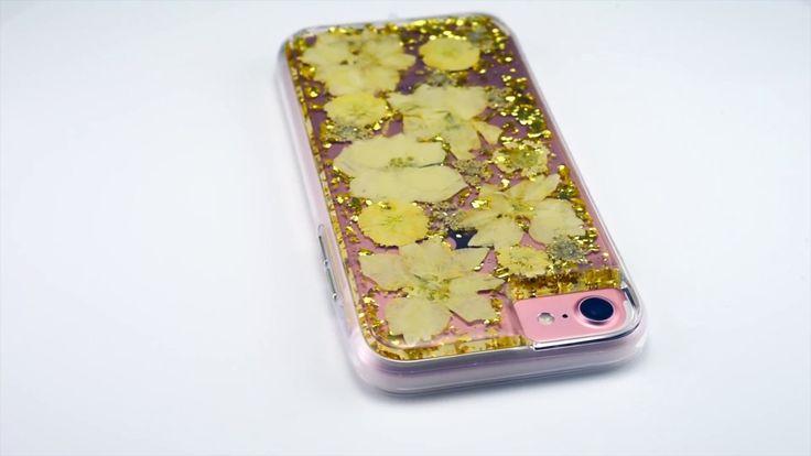 Quick Glance - Case-Mate Karat Petals
