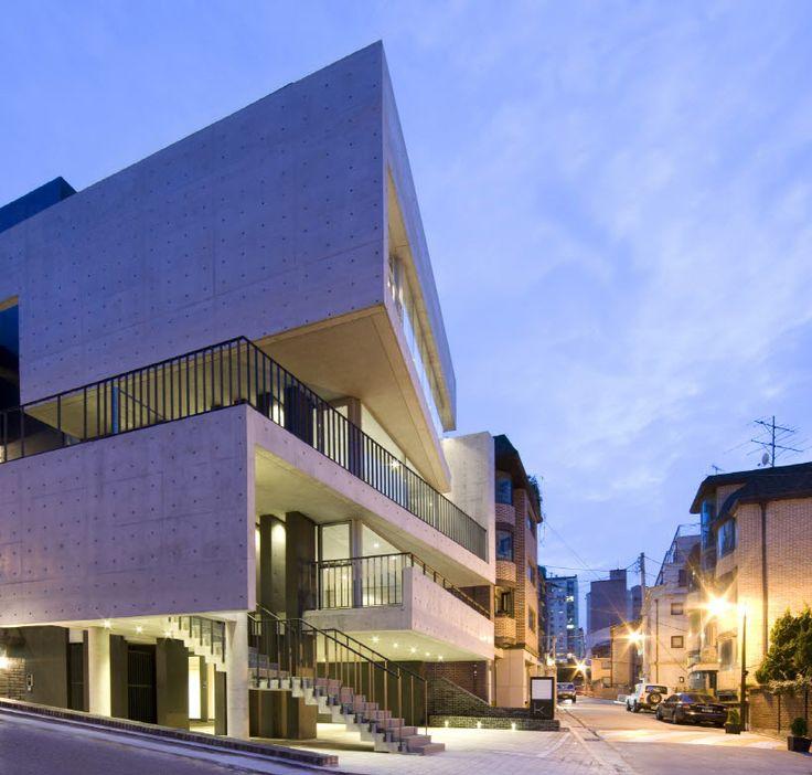 L 39 eau design creates faceted bati rieul commercial - Eau arquitectura ...