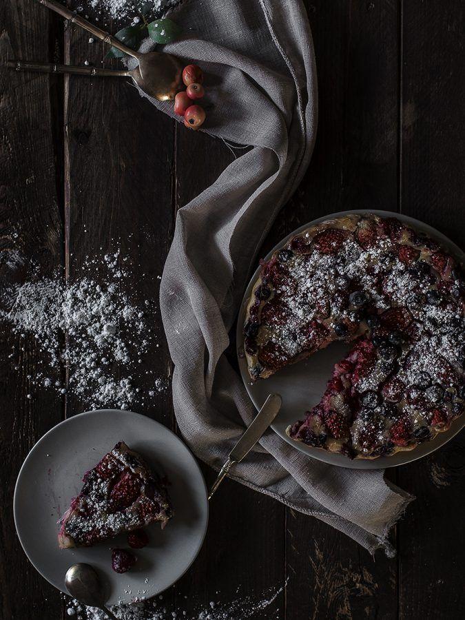 Clafoutis de frutos rojos + primer post de fotografía gastronómica