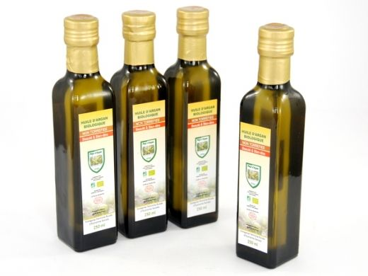 Argan oil More: http://www.etnobazar.pl/search/ca:kosmetyki?limit=128