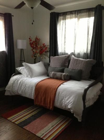 Best 20 Queen Daybed Ideas On Pinterest Queen Size