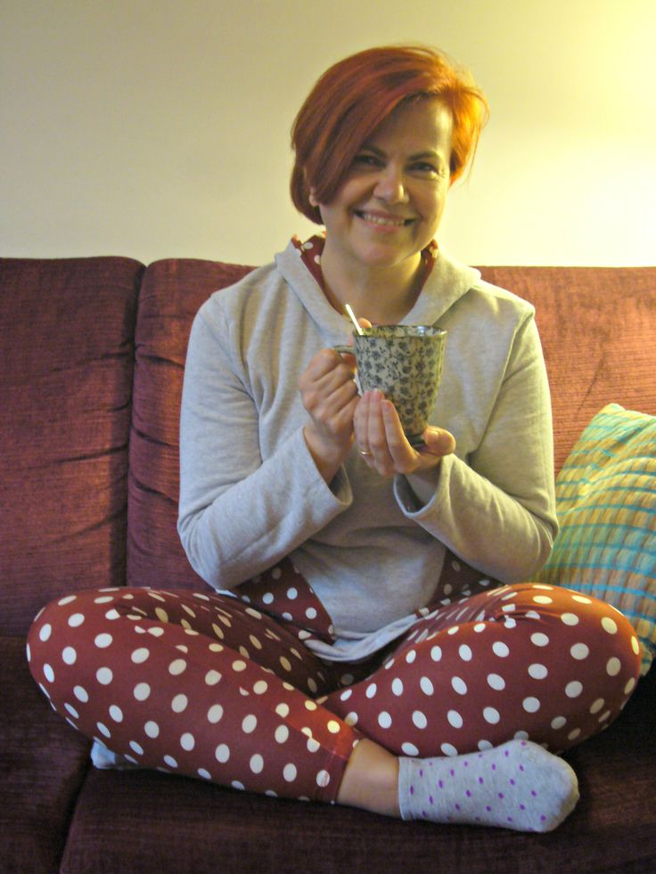 Day 20 MMM 14 It is cold outside, I'm having a relaxing cup of Tea. My self drafted huddie and leggings, following instruccions from Masustak Eguzkitan: http://dedalagujaehilo.blogspot.com.es/2014/03/sudadera-self-pattern.html http://dedalagujaehilo.blogspot.com.es/2014/01/leggins-by-masustak.html