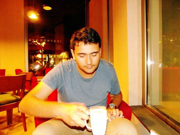 Kahve Dünyası / Tunalı Hilmi Caddesi / Çankaya / Ankara