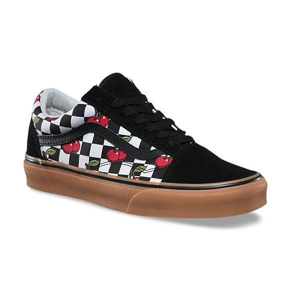 Checkered shoes, Vans old skool, Black gums