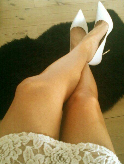 Get beautiful summer legs. Sublime Bronze from L'Oréal. Read more http://beautybybruun.dk/b/?p=4234