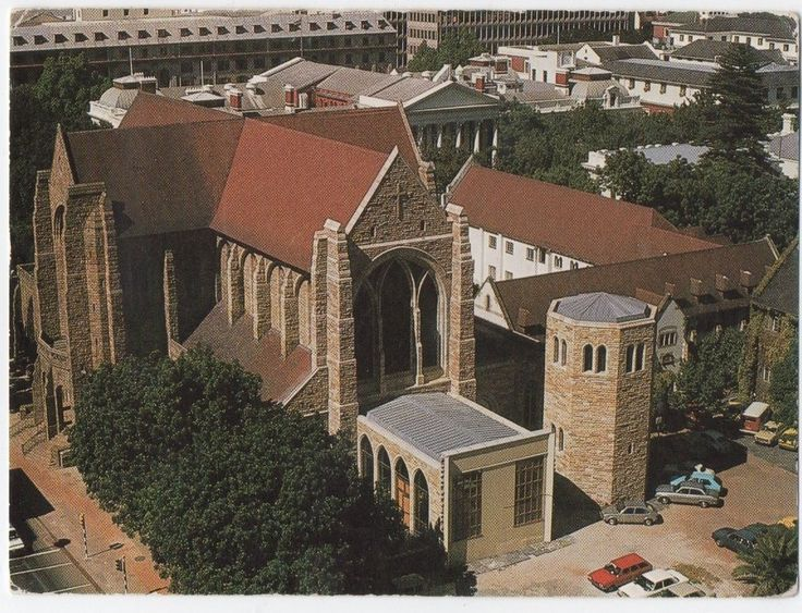 ST GEORGE'S CATHEDRAL CAPE TOWN SOUTH AFRICA CARS CAMPER VAN POSTCARD REAL PHOTO