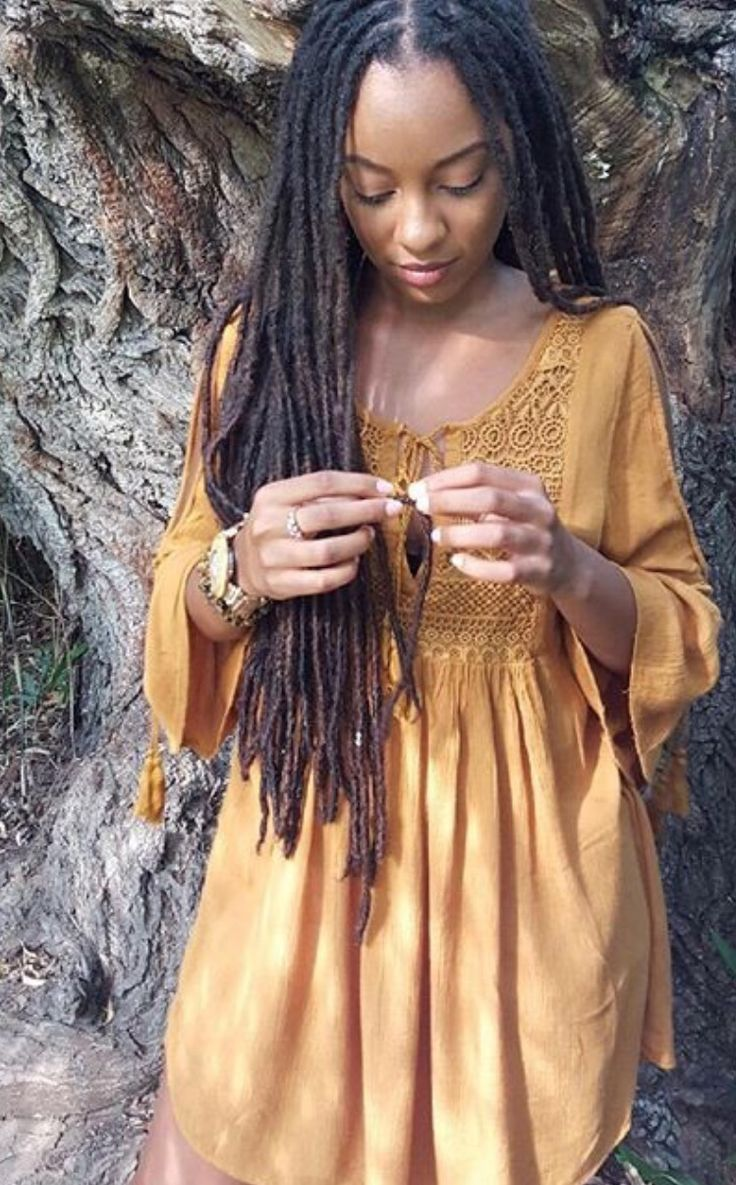 Beautiful locs. wow ! the size ! the length ! just beautiful #locgoals