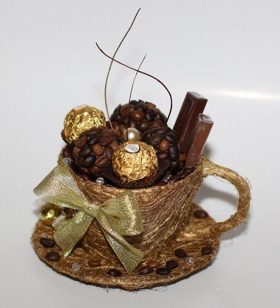 Букет из конфет ферреро 'кружка'. Моя работа