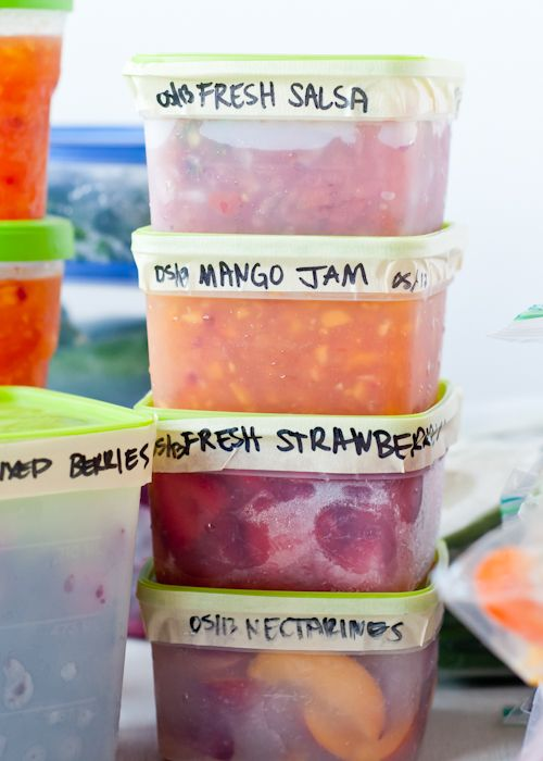 Easy Homesteading: 11 Secrets To Properly Freezing Produce, but not in plastic obviously.