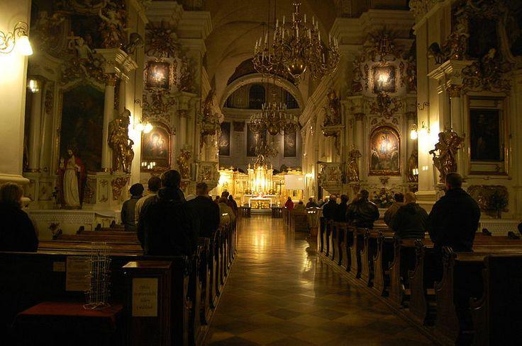 Wnętrze kościoła dominikanów w Lublinie podczas Mszy. #dominikanie #lublin