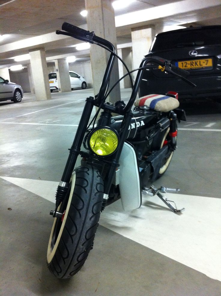 Customized Honda Dax