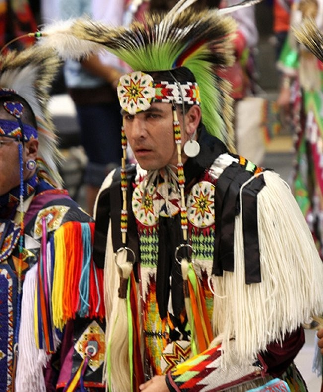 Gathering of Nations Pow Wow/Crow grass dance