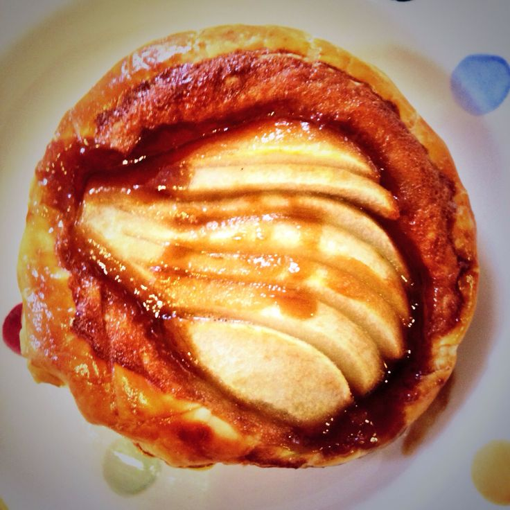 Toffee pear galette. Quick and easy - puff pastry, toffee sauce (dark ...