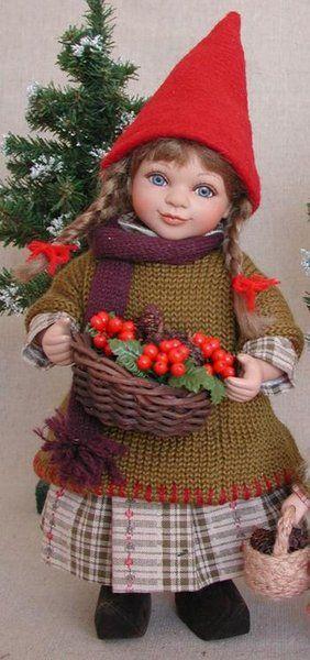 År 2004: Birgitte Frigast nisse, Line, 28 cm // http://www.nisse-shop.dk/epages/78608_1025911.sf/da_DK/?ObjectPath=/Shops/78608_1025911/Products/33-149