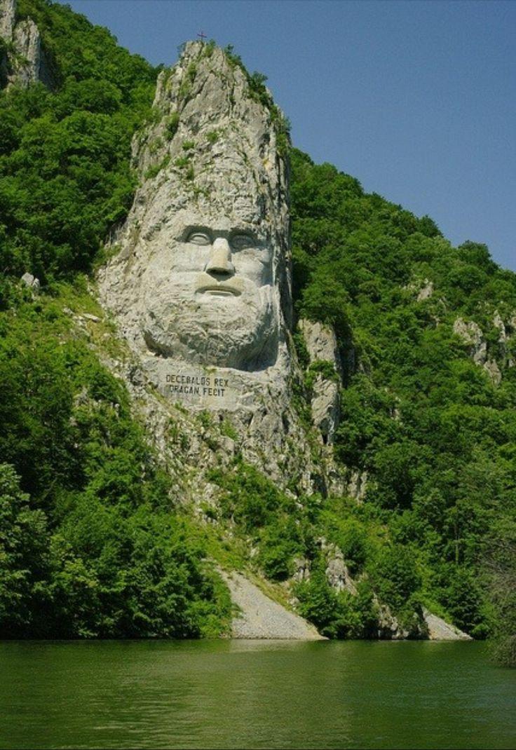 Statuia lui Decebal Romania