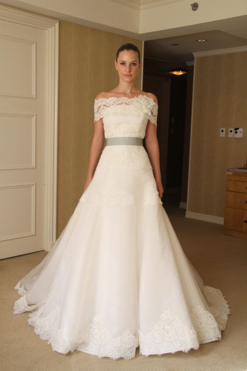 edgardo-bonilla-wedding-dresses-fall-2012-5