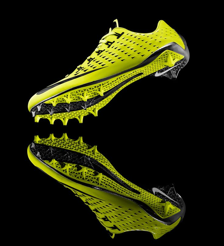 Nike Vapor Laser Talon football cleat