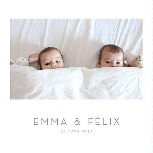 Élégant faire-part de naissance pour jumeaux et jumelles au format livret pour le plaisir d'ajouter 4 photos de vos nouveau-nés! #birthcard #twins #pics