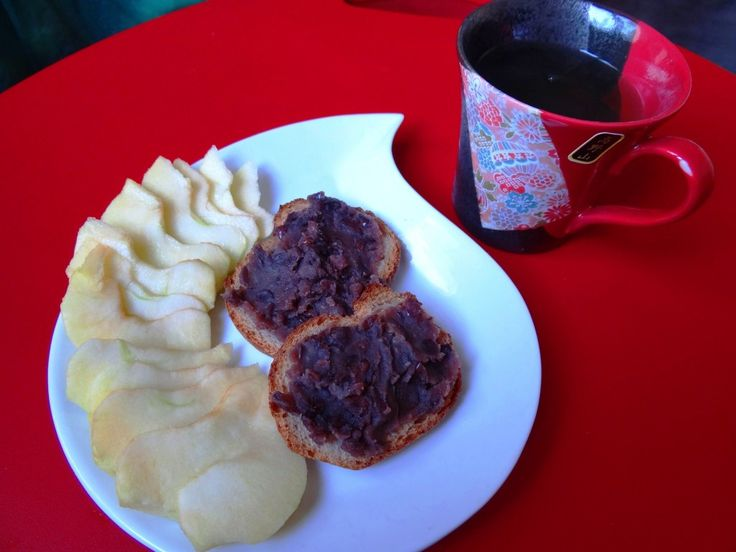 Une pâte de haricots Azuki (ou anko) pour fourrer des gâteaux, ou bien juste pour tartiner comme ça!