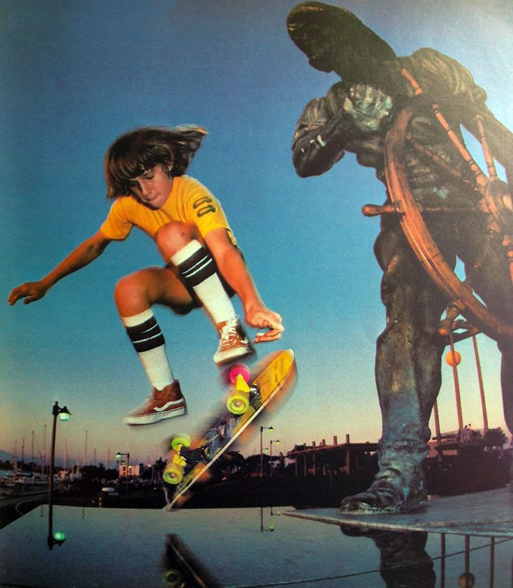 rodney mullen essay What mullen means by crossing the barrier is the barrier of disbelief from watching the video of something being done one can see for himself that it can be done once one realizes that something is possible he may try it for himself 5) what is the other way that rodney mullen says you can see it (6:12.