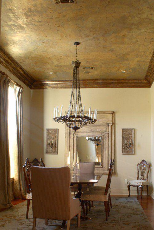 fantastische rustikale Decke im Esszimmer Interieur