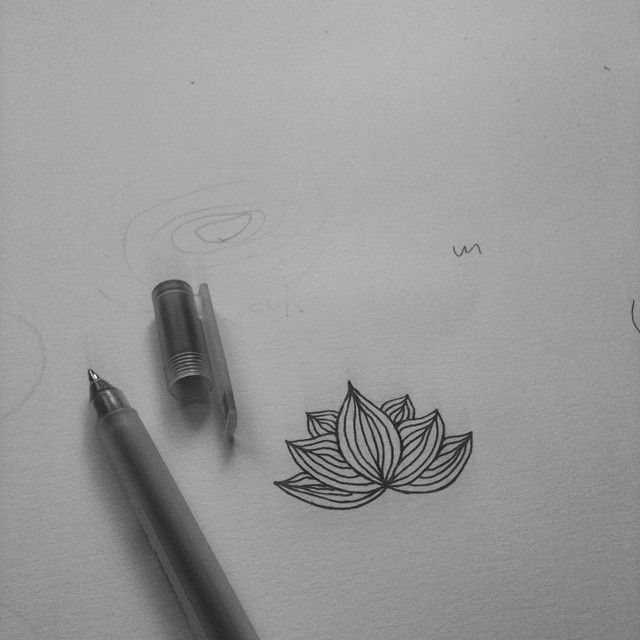 Yoga logo // just finished the symbol  #logo #design #lotus #yoga #yogalogo #workprogress #ontwerpen #grafikus #graphicdesigner #grafischontwerper #zsofi #zsofigraphicdesign #draw #tekenen #rajz